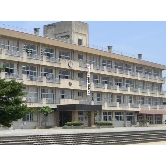 呉羽小学校(666m)