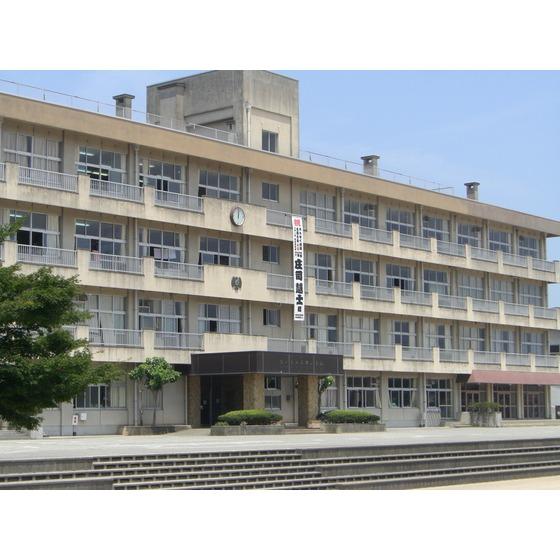 富山市立呉羽小学校(1,608m)