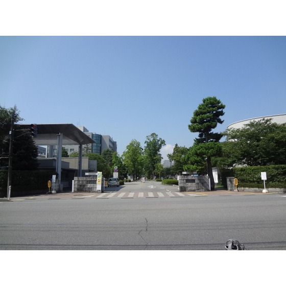 国立富山大学五福キャンパス(593m)