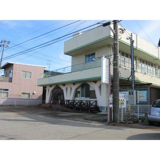 すみれ保育園(55m)
