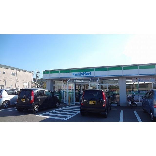 ファミリーマート富山呉羽店(220m)
